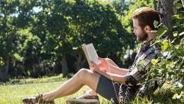 8 książek, które pozwolą ci lepiej zrozumieć twoją wiarę