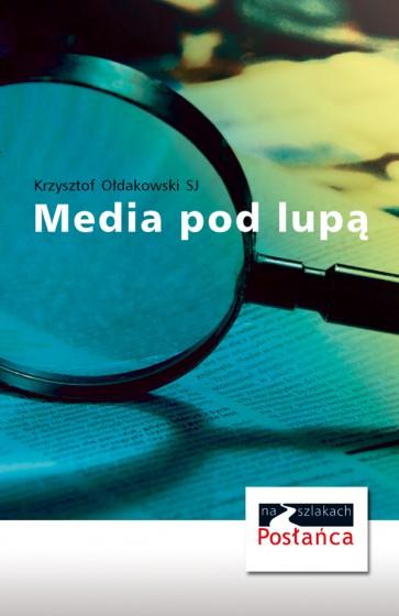 Media pod lupą